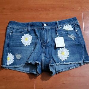 Lauren Conrad daisy blue jean shorts size 16